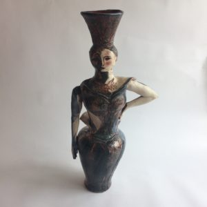 Helene front view, ceramic sculpture by Philomena Harmsworth